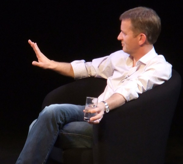 Jeremy_kyle_seated