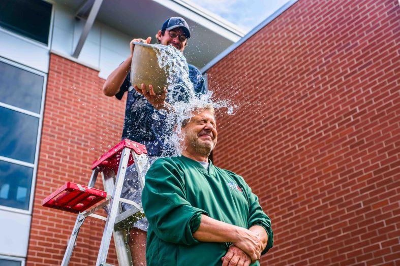 John_Maino_performs_the_ALS_Ice_Bucket_Challenge