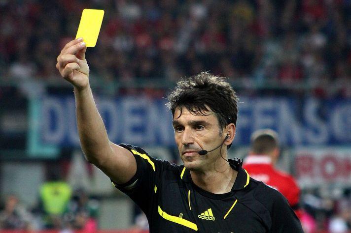 1280px-Massimo_Busacca,_Referee,_Switzerland_(10)