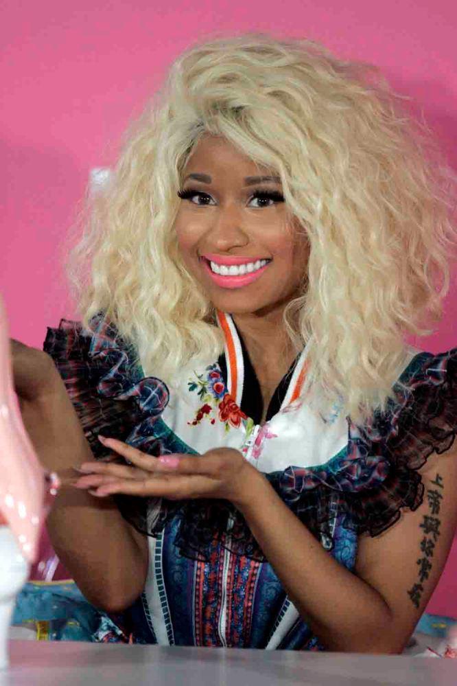 Nicki_Minaj_3,_2012-2